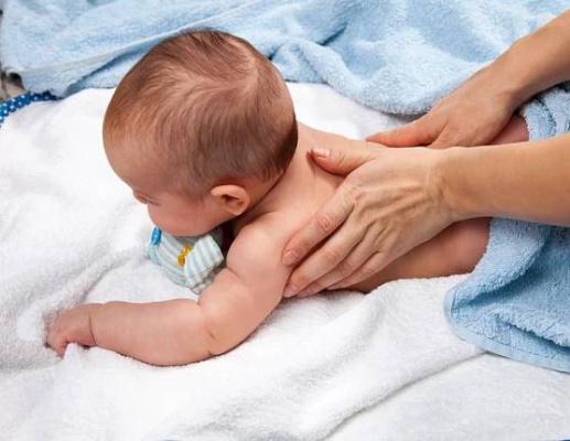 Kurz kojeneckých masáží